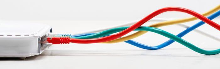 Inden du vælger router, så skal du beslutte om du ønsker mobilt bredbånd eller kablet internet